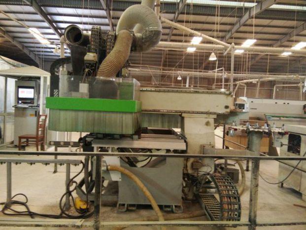 Nhà máy sản xuất gỗ óc chó