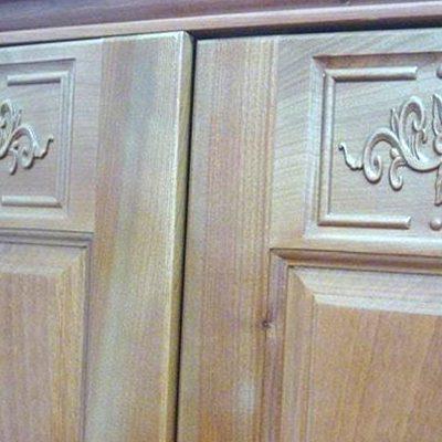 nội thất gỗ tự nhiên bị cong vênh